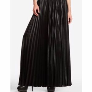 BCBGMAXAZRIA Dallin Long Black Pleated Maxi Skirt